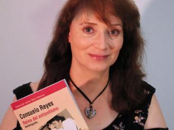 L'autobiografia di Consuelo Reyes, Regina dell'antipodismo