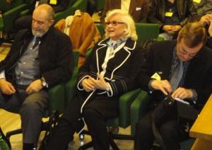 Walter Nones seduto a fianco di Liana Orfei alla assemblea generale 2011 dell'Ente Nazionale Circhi