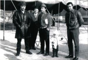 Da destra, Enis Togni, il piccolo Daniele, Willy Togni, Dante Cardarelli e Bruno Togni