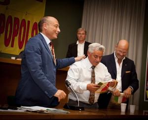 Leris Colombaioni fra Antonio Buccioni e Marco Zilia alla assemblea dell'Ente Nazionale Circhi (Angeletti Photo)
