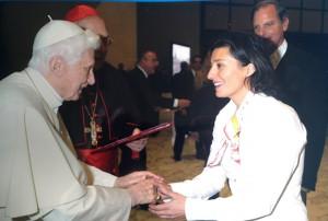Cristina con Papa Benedetto