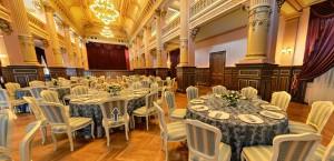 L'interno del Palazzo Bragadiru che ospiterà il dinner show
