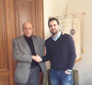Il presidente dell'Ente Nazionale Circhi, Antonio Buccioni, con Manuel Gonzalez Villanueva nella sede nazionale dell'Agis