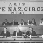 Il tavolo della presidenza della assemblea Enc che si tenne il 24 febbraio 1993