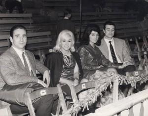 Guglielmo, Loredana e i due fidanzati di fresco Moira Orfei e Walter Nones in visita al Circo Price di Madrid