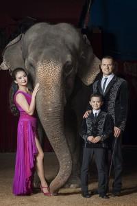 Franco Knie Junior con la moglie Linna e il figlio Chris Rui