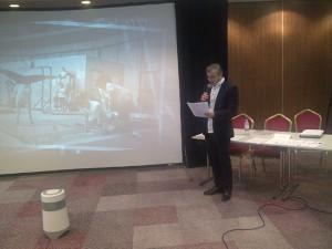 Andrea Togni durante la presentazione del progetto