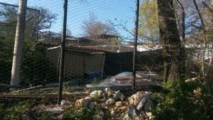 Alcune immagini scattate a metà aprile dall'esterno del centro di Semproniano