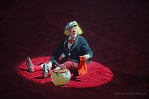 Oleg Popov sulla pista di Master (fotografia di Kristian Kristof)
