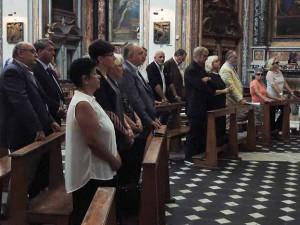 In questo servizio, alcune immagini (fotografie di Gianni Barberi) all'interno e all'esterno della Chiesa degli Artisti per il trigesimo di Orlando Orfei