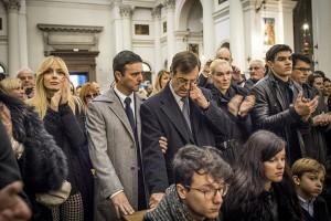 Walter Nones affranto al funerale di Moira